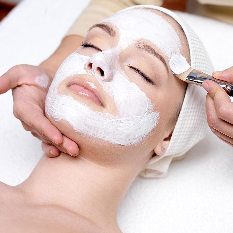 Limpieza facial en Granada | Clínica Cocoon