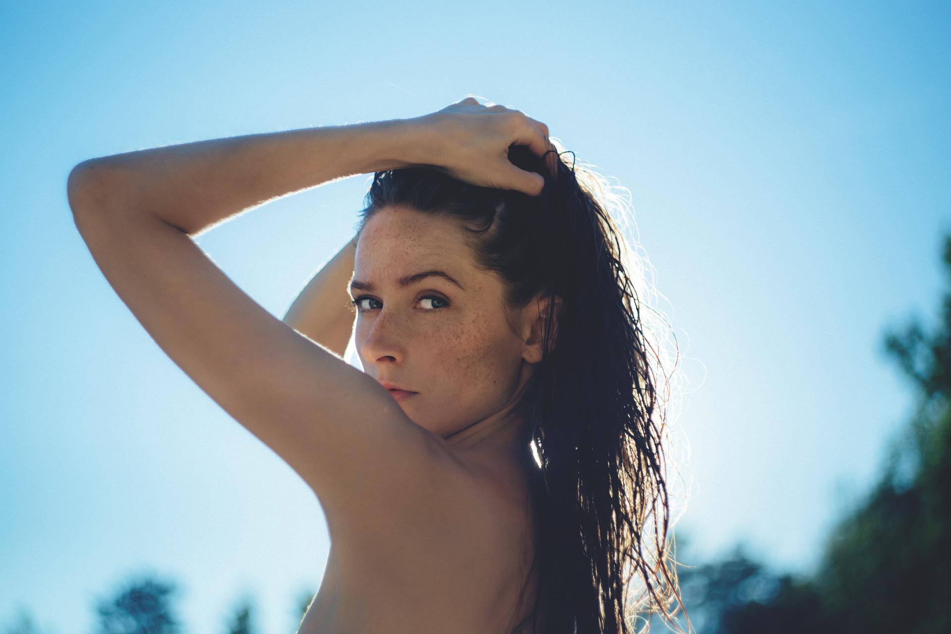 ¿Qué son las manchas en la piel?